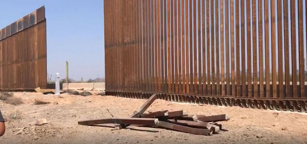 Contractors Scrap Dealers Selling Border Fence Steel In Arizona And Mexico Gary Nabhan